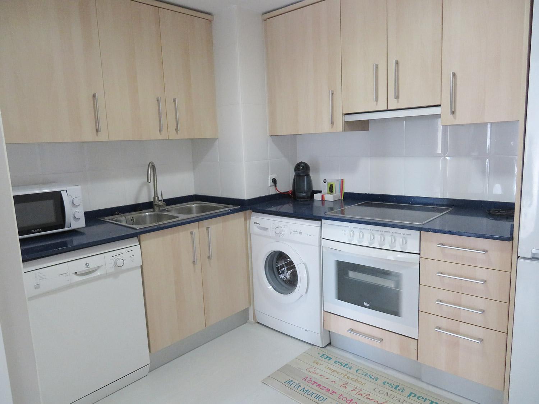 Cocina completa apartamento I Alcañiz Flat