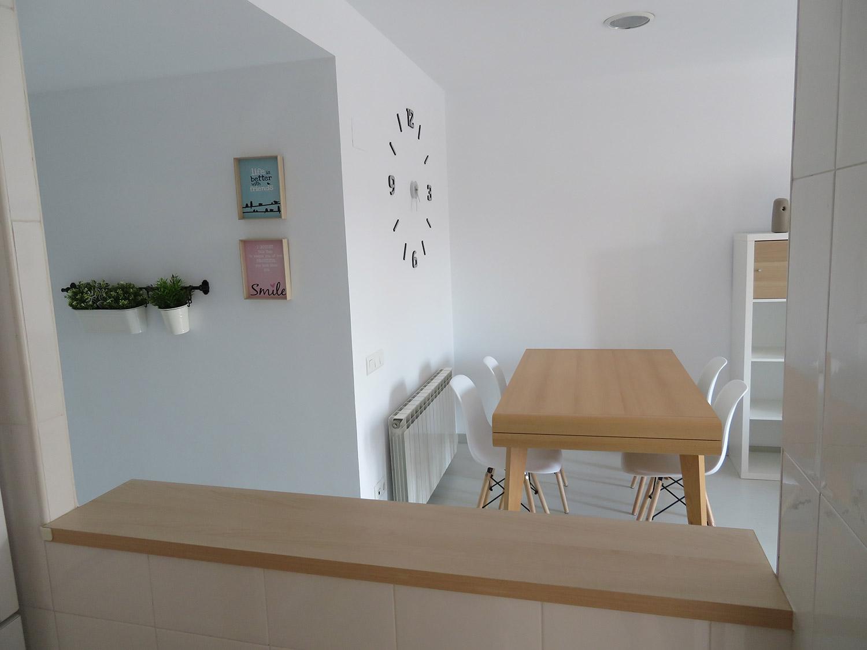 Vista comedor desde la cocina apartamento I Alcañiz Flat