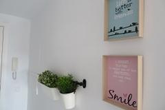 Detalle cuadros en comedor apartamento I Alcañiz Flat