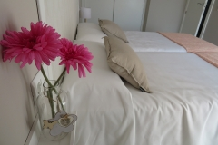 Detalle habitación doble apartamento I Alcañiz Flat