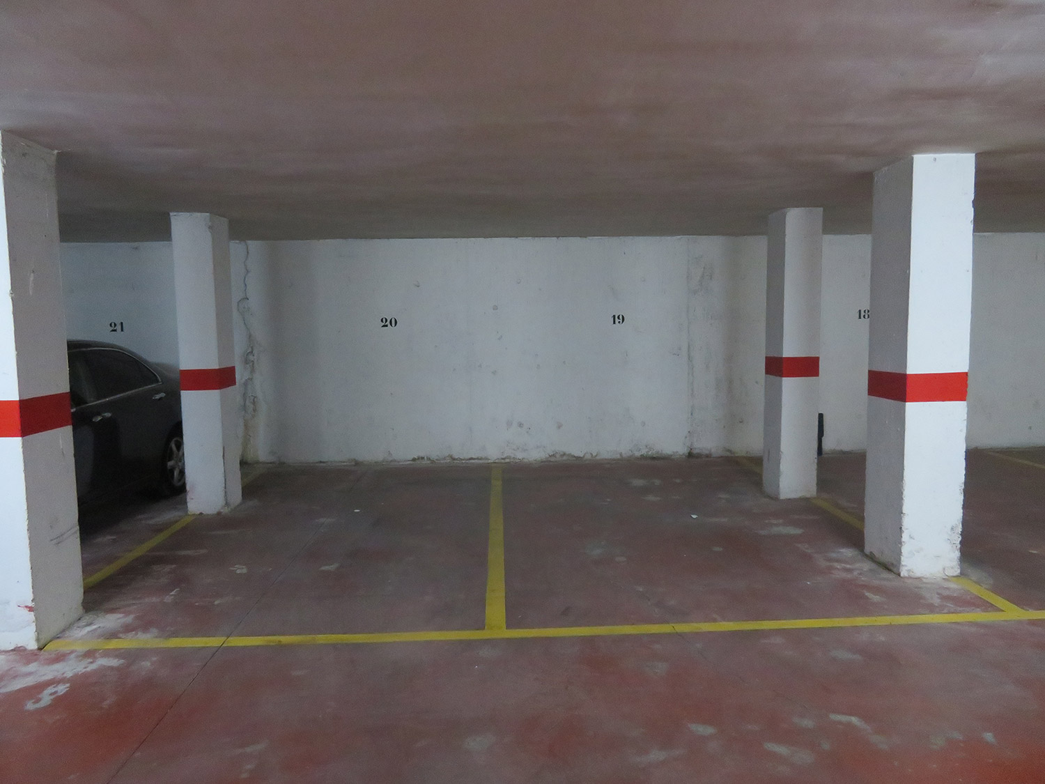 Parking Alcañiz Flats